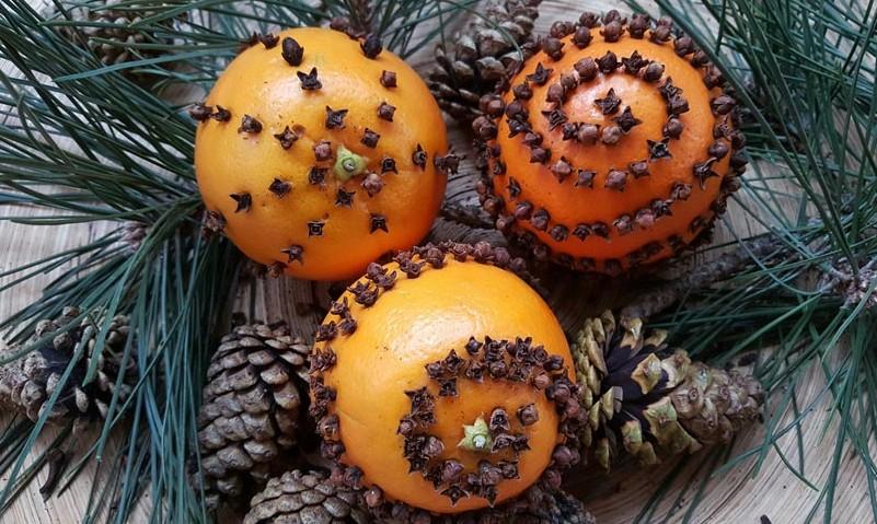 pomander decorations orange cloves - How To Make Orange Pomander Balls