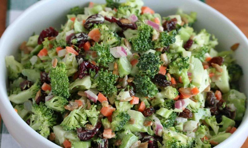 Best Broccoli Salad Recipe with Sweet-n-Tangy Dressing